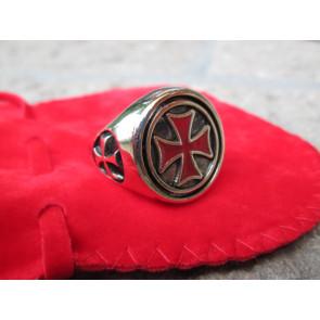 Anello Oro Croce Templare Rossa